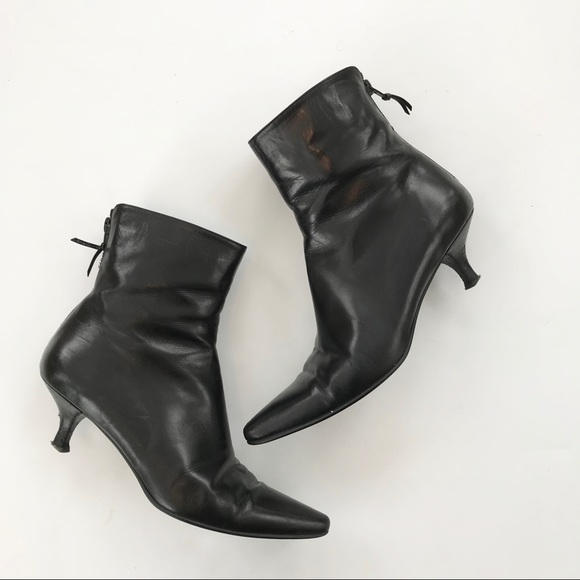274167718e Stuart Weitzman Shoes | Juniper Black Kitten Heel Bootie 7 | Poshmark